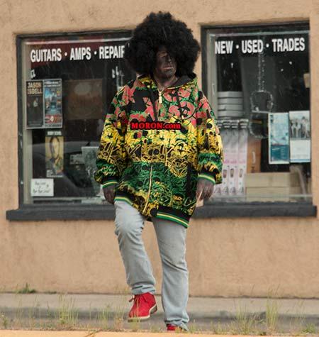 jay-walking-white-black-man